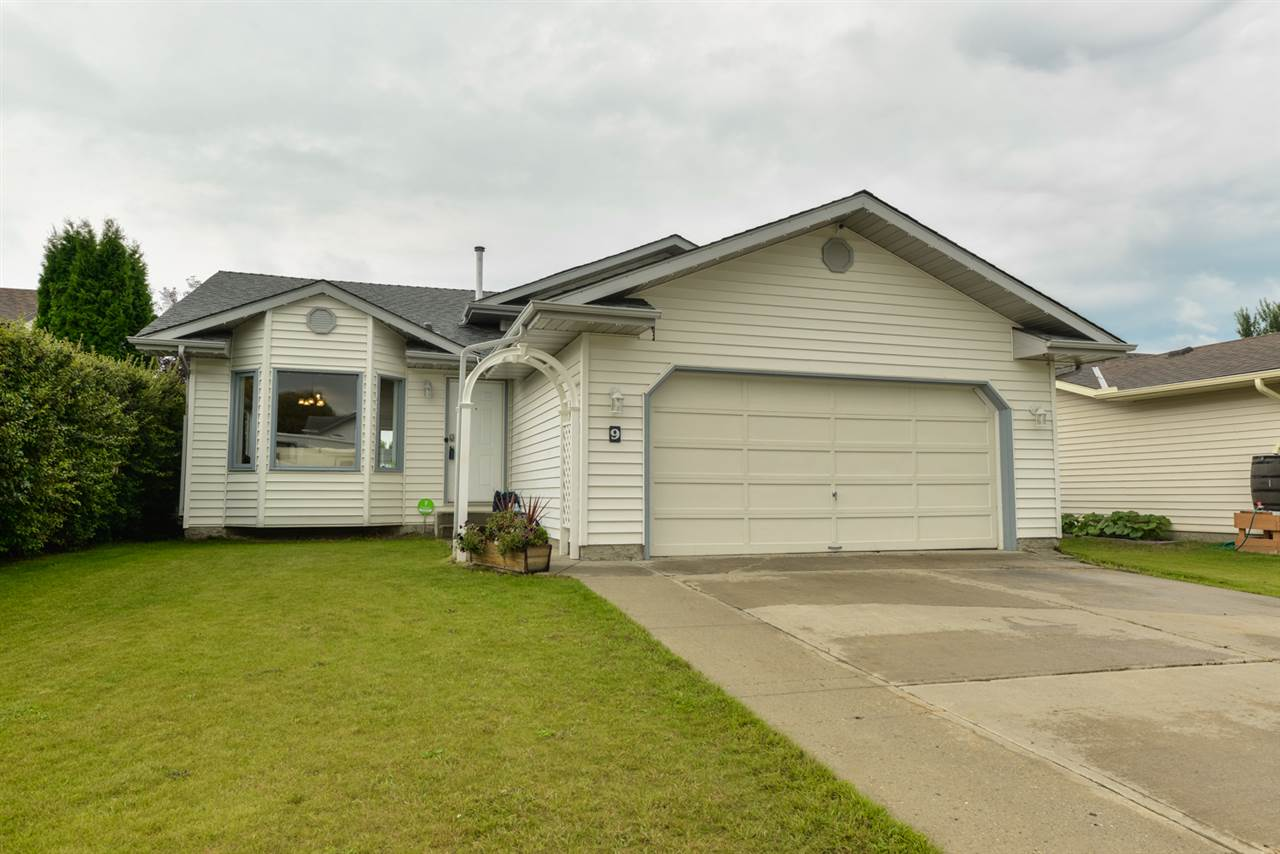 Main Photo: 9 Grassview Crescent: Spruce Grove House for sale : MLS® # E4076455