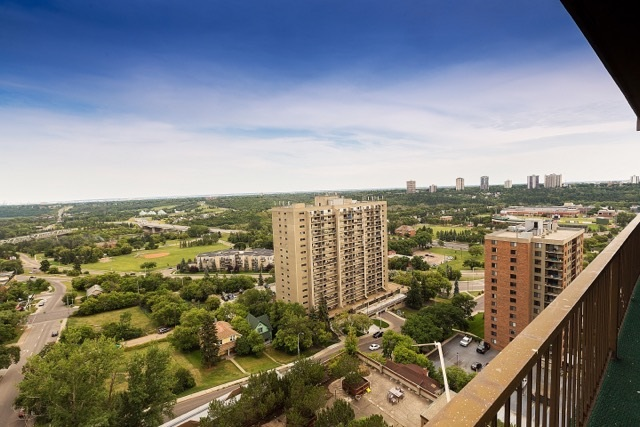 Main Photo: 1006 9903 104 Street in Edmonton: Zone 12 Condo for sale : MLS® # E4077843