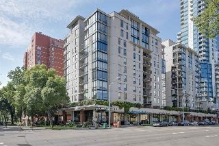 Main Photo:  in Edmonton: Zone 12 Condo for sale : MLS® # E4078048