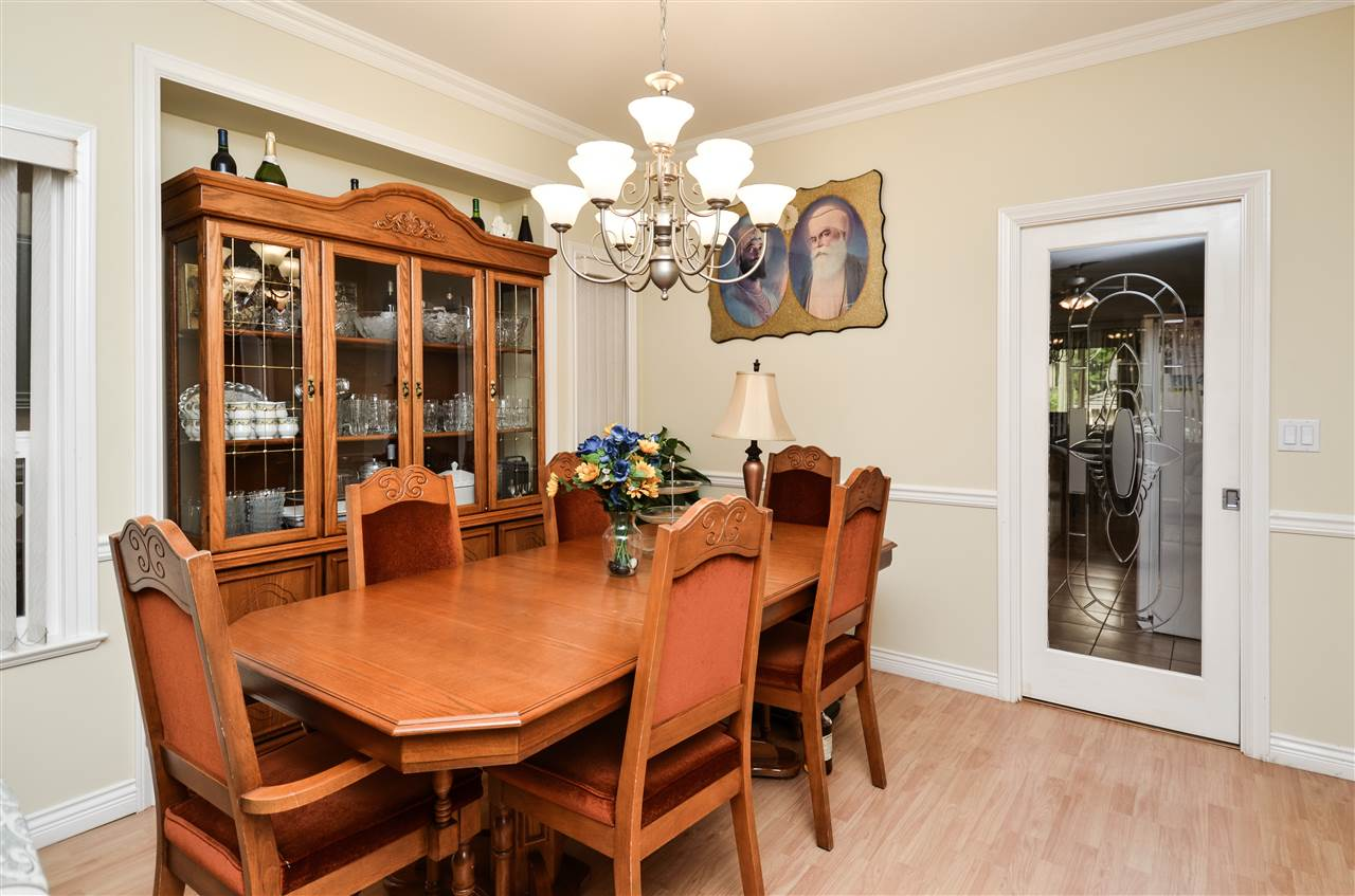 Photo 4: 5907 ORMIDALE Street in Vancouver: Killarney VE House for sale (Vancouver East)  : MLS® # R2204414