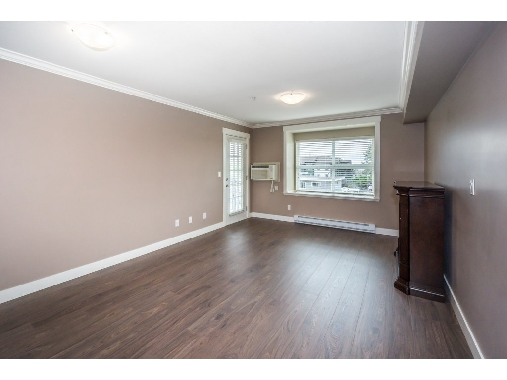 "Photo 12: 324 17769 57TH Avenue in Surrey: Cloverdale BC Condo for sale in ""CLOVER DOWNS ESTATES"" (Cloverdale)  : MLS® # R2204969"