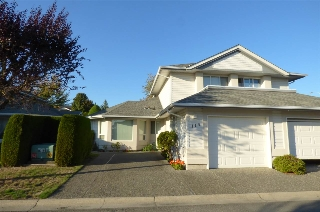 "Main Photo: 113 31406 UPPER MACLURE Road in Abbotsford: Abbotsford West Townhouse for sale in ""Estates of Elwood"" : MLS® # R2210224"