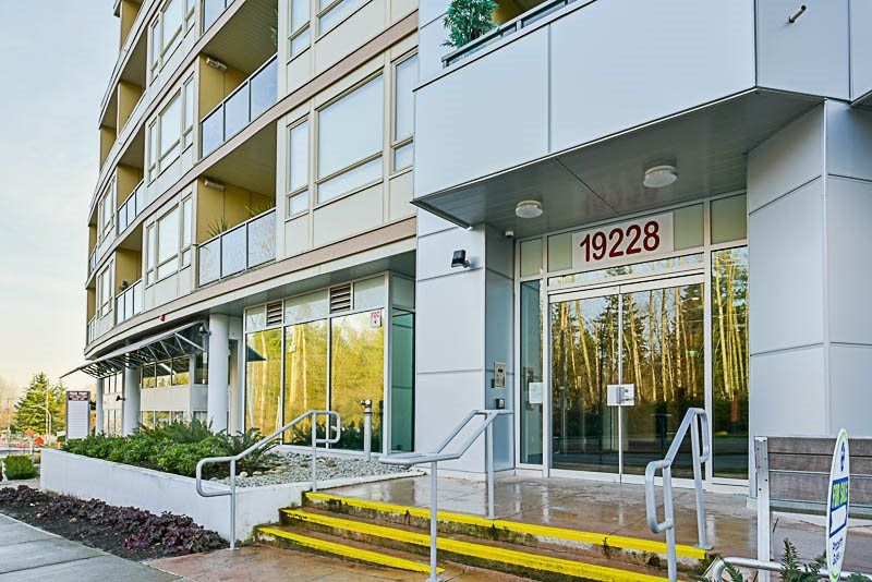 "Photo 1: Photos: 312 19228 64 Avenue in Surrey: Clayton Condo for sale in ""FOCAL POINT"" (Cloverdale)  : MLS® # R2228247"