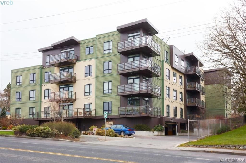 FEATURED LISTING: 309 - 982 McKenzie Ave VICTORIA