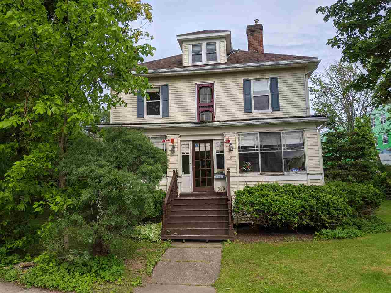 FEATURED LISTING: 319 George New Glasgow