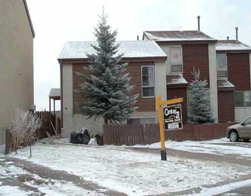 Main Photo:  in : Penbrooke Residential Attached for sale (Calgary)  : MLS(r) # C2033976