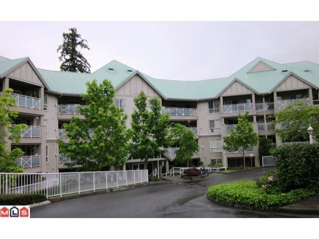 Main Photo: 213 15150 29A in Surrey: Condo for sale : MLS® # F2311606