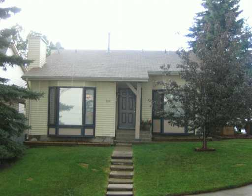 Main Photo:  in CALGARY: Ranchlands Residential Detached Single Family for sale (Calgary)  : MLS(r) # C3219838