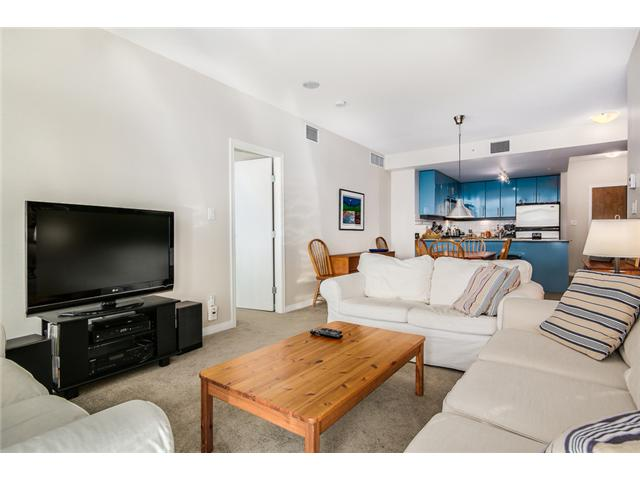"Photo 3: 409 100 E ESPLANADE Street in North Vancouver: Lower Lonsdale Condo for sale in ""The Landing"" : MLS(r) # V1063412"
