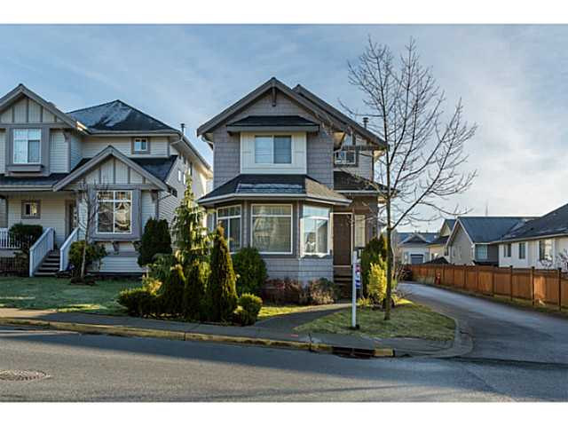 "Main Photo: 6922 201ST Street in Langley: Willoughby Heights House for sale in ""JEFFRIES BROOK"" : MLS(r) # F1429730"