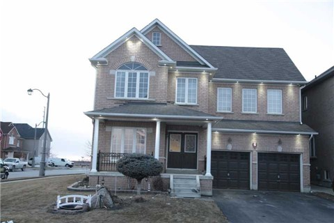 Main Photo: 2 Blue Iris Trail in Brampton: Sandringham-Wellington House (2-Storey) for sale : MLS(r) # W3142842