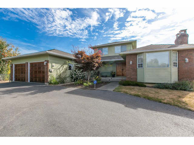 Main Photo: 2064 182 Street in Surrey: Hazelmere House for sale (South Surrey White Rock)  : MLS®# F1448623