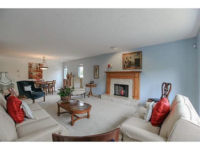 Photo 4: 2064 182 Street in Surrey: Hazelmere House for sale (South Surrey White Rock)  : MLS® # F1448623