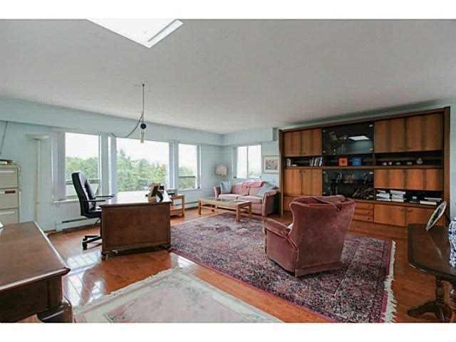 Photo 9: 2064 182 Street in Surrey: Hazelmere House for sale (South Surrey White Rock)  : MLS® # F1448623
