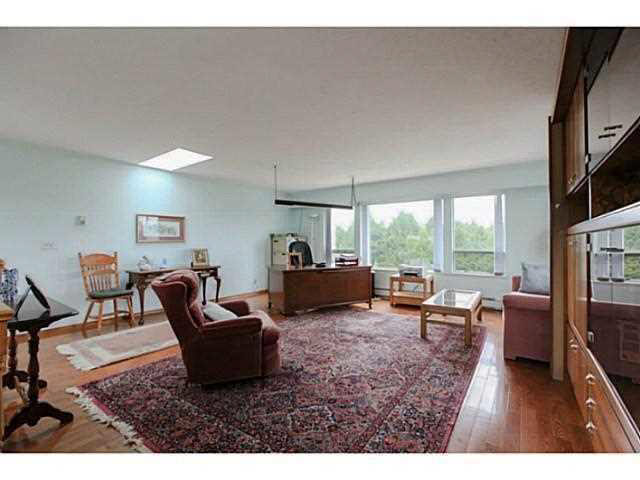 Photo 10: 2064 182 Street in Surrey: Hazelmere House for sale (South Surrey White Rock)  : MLS® # F1448623