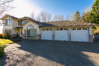 Main Photo: 26227 126 Avenue in Maple Ridge: Websters Corners House for sale : MLS®# R2024664