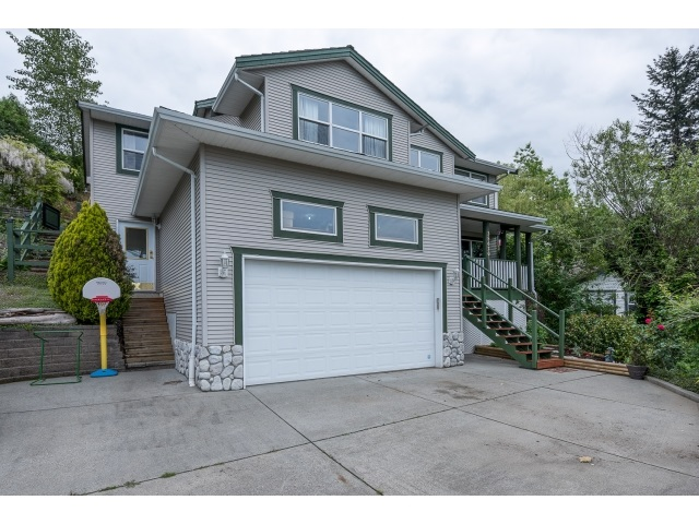 Main Photo: 35620 DINA Place in Abbotsford: Abbotsford East House for sale : MLS®# R2062154