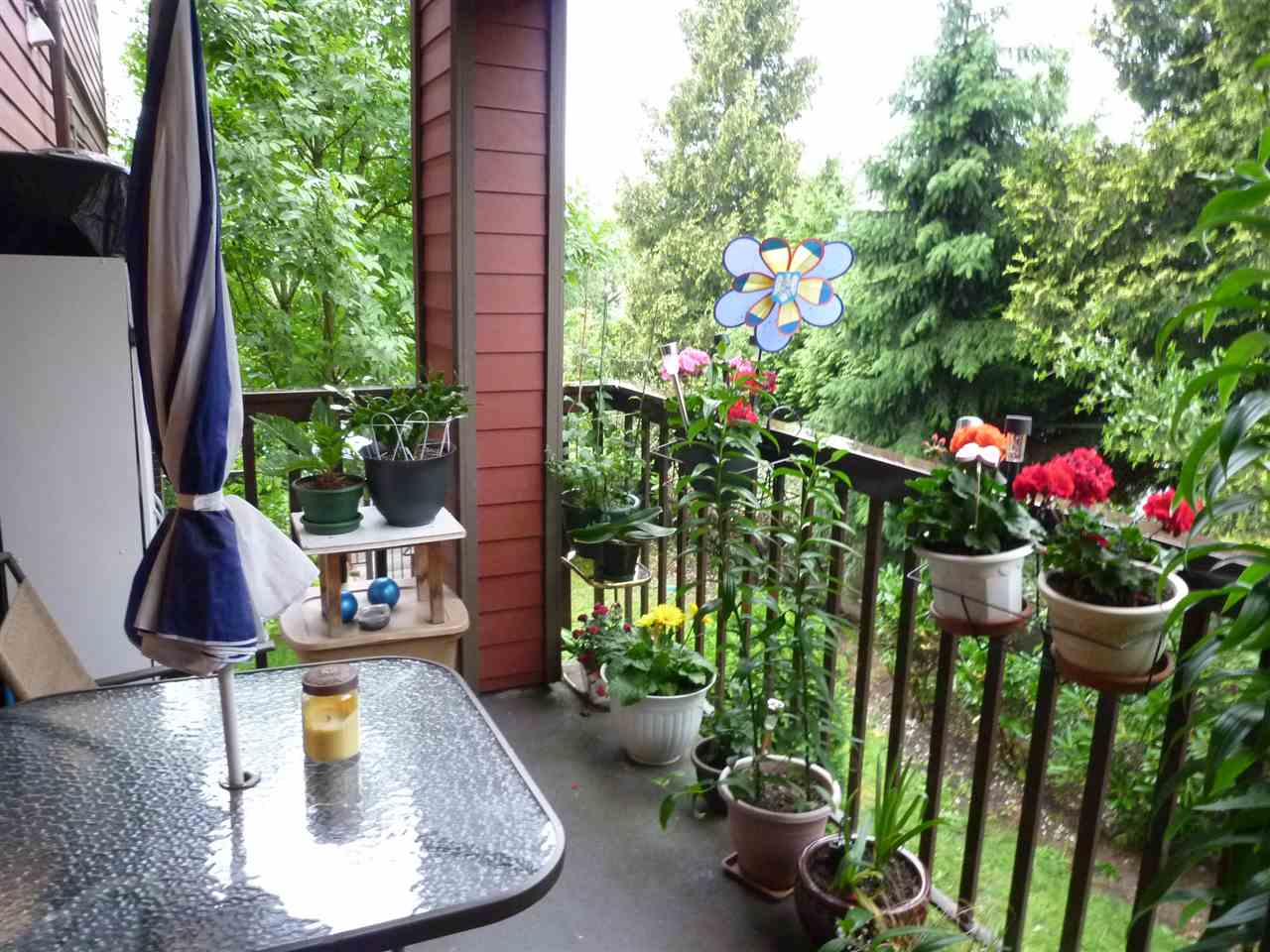 Photo 8: 207 1205 FIFTH Avenue in New Westminster: Uptown NW Condo for sale : MLS® # R2077262