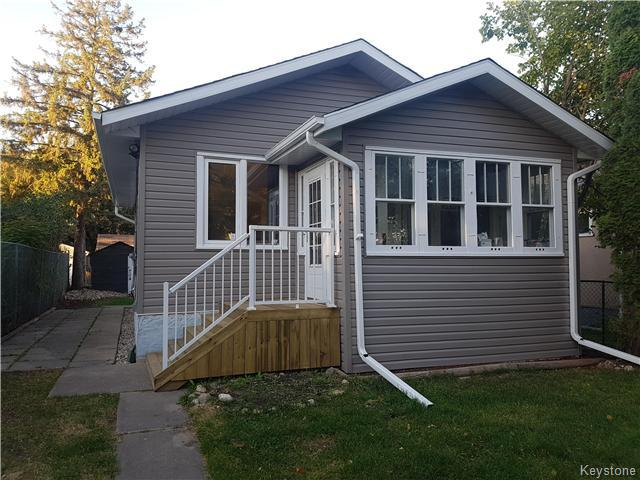 Main Photo: 547 Doucet Street in Winnipeg: St Boniface Residential for sale (2A)  : MLS® # 1625573