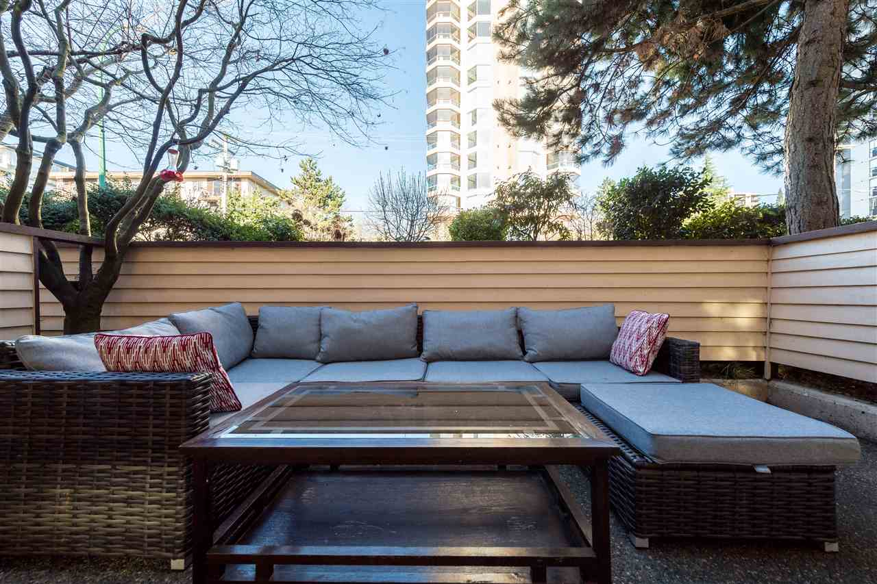 "Photo 13: 102 123 E 6TH Street in North Vancouver: Lower Lonsdale Condo for sale in ""Harbourgate"" : MLS(r) # R2138620"