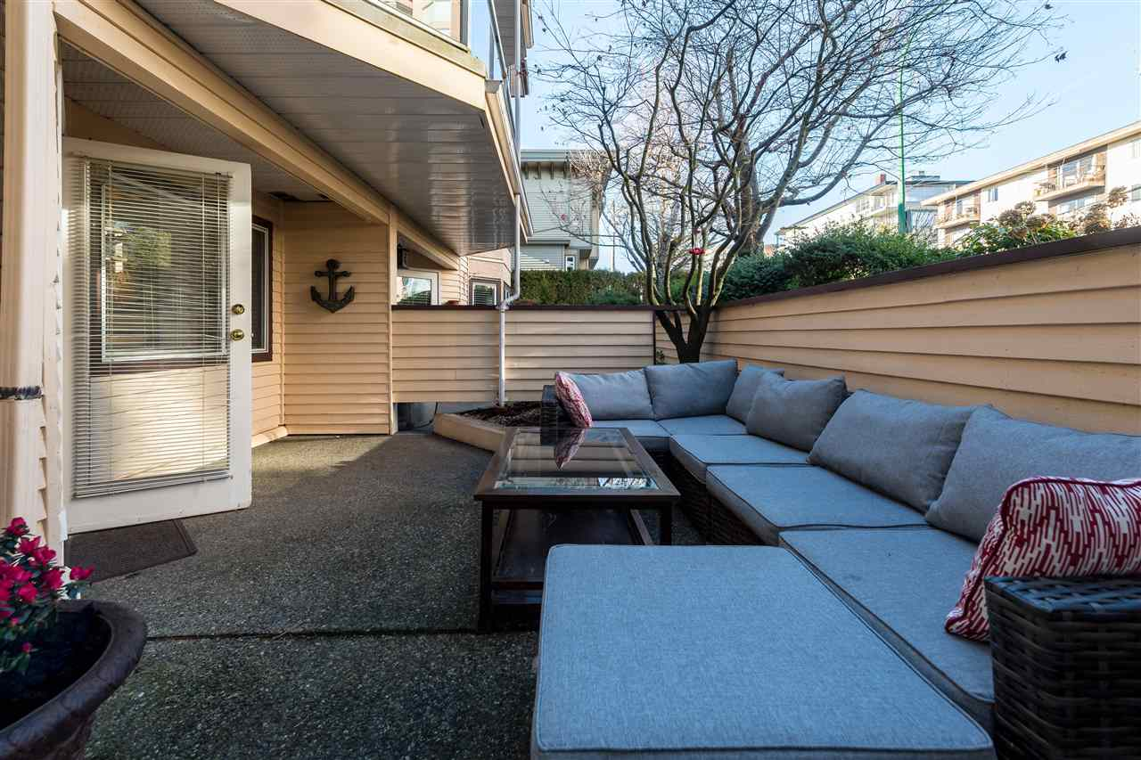 "Photo 14: 102 123 E 6TH Street in North Vancouver: Lower Lonsdale Condo for sale in ""Harbourgate"" : MLS(r) # R2138620"