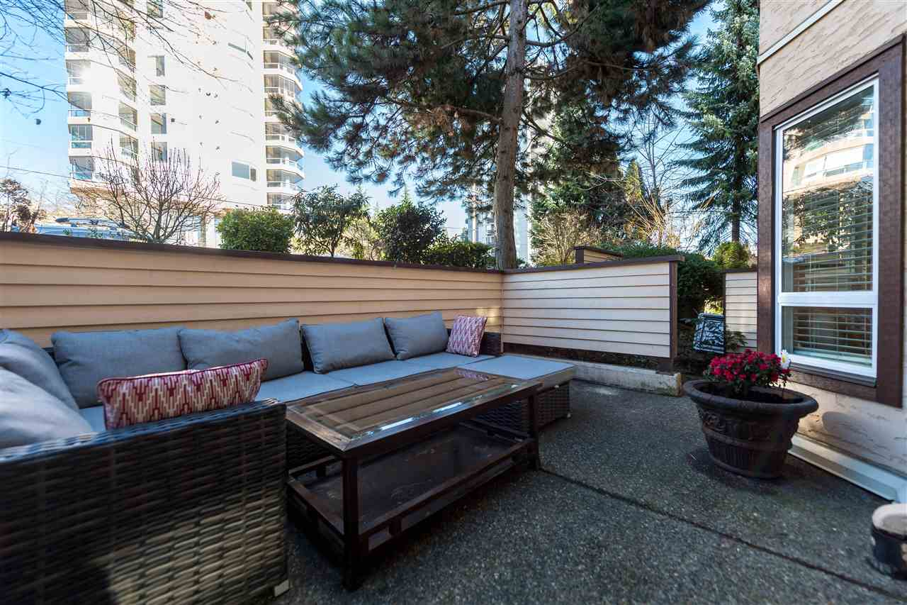 "Photo 17: 102 123 E 6TH Street in North Vancouver: Lower Lonsdale Condo for sale in ""Harbourgate"" : MLS(r) # R2138620"