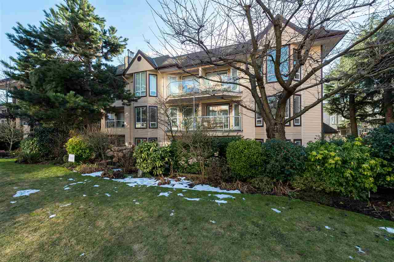 "Photo 16: 102 123 E 6TH Street in North Vancouver: Lower Lonsdale Condo for sale in ""Harbourgate"" : MLS(r) # R2138620"