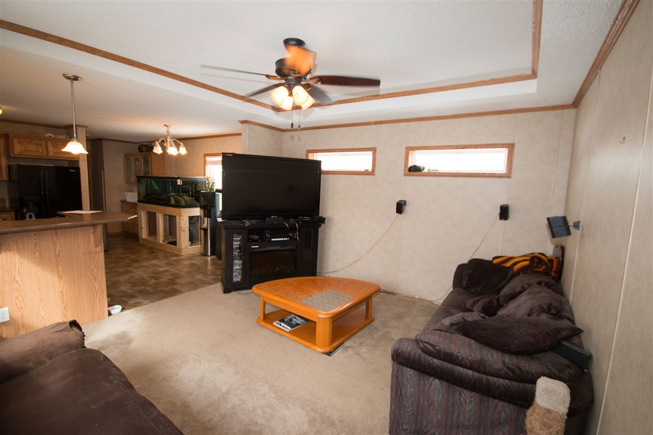 Photo 2: 200 54304 RRG 12: Rural Lac Ste. Anne County Manufactured Home for sale : MLS(r) # E4058523