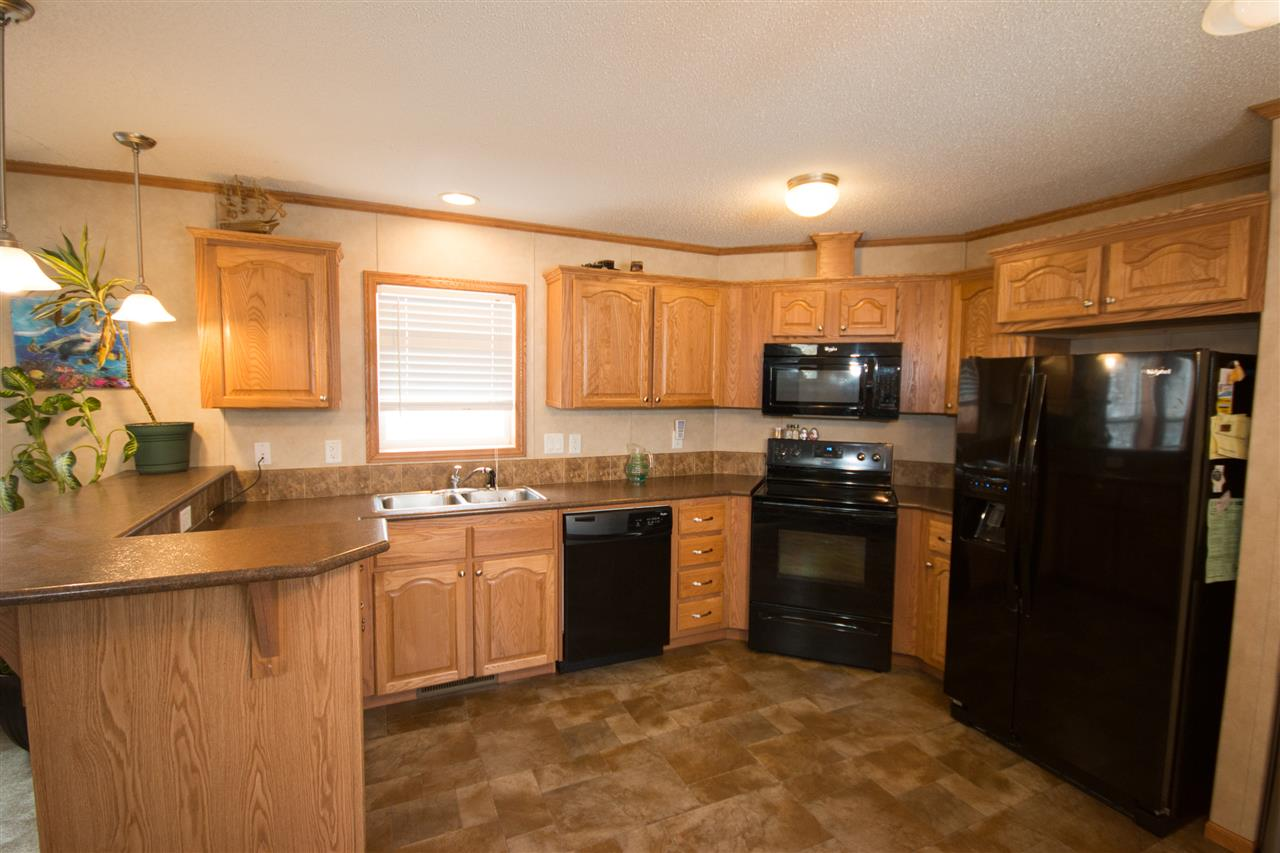 Photo 5: 200 54304 RRG 12: Rural Lac Ste. Anne County Manufactured Home for sale : MLS(r) # E4058523