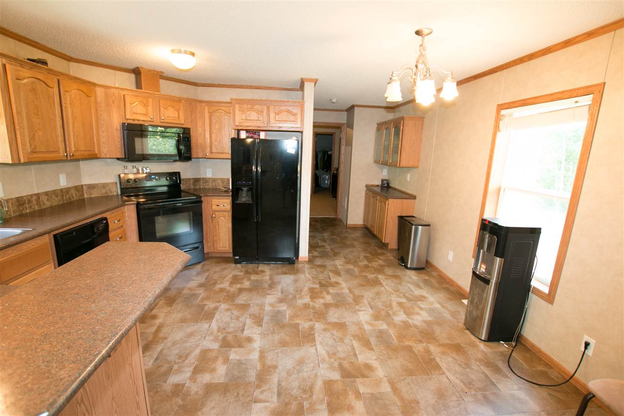 Photo 6: 200 54304 RRG 12: Rural Lac Ste. Anne County Manufactured Home for sale : MLS(r) # E4058523