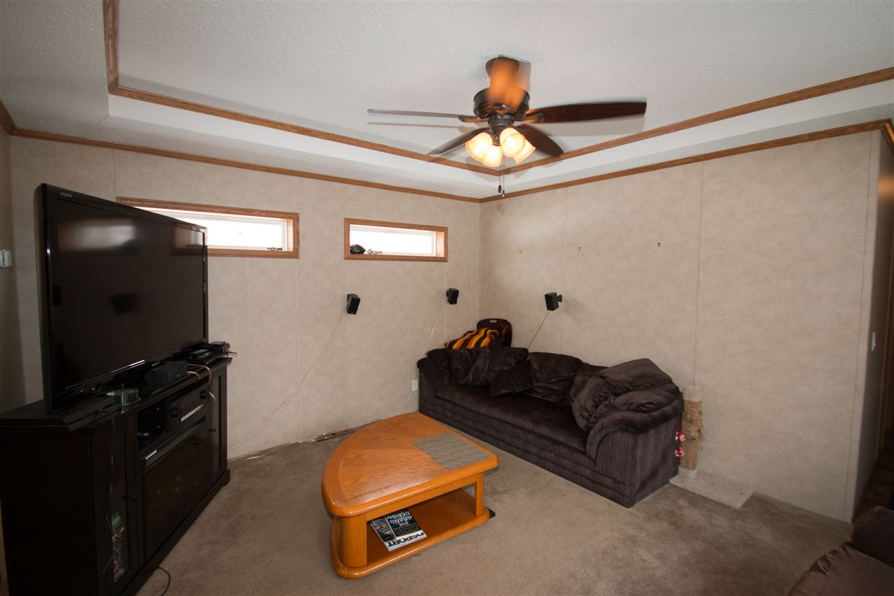 Photo 4: 200 54304 RRG 12: Rural Lac Ste. Anne County Manufactured Home for sale : MLS(r) # E4058523
