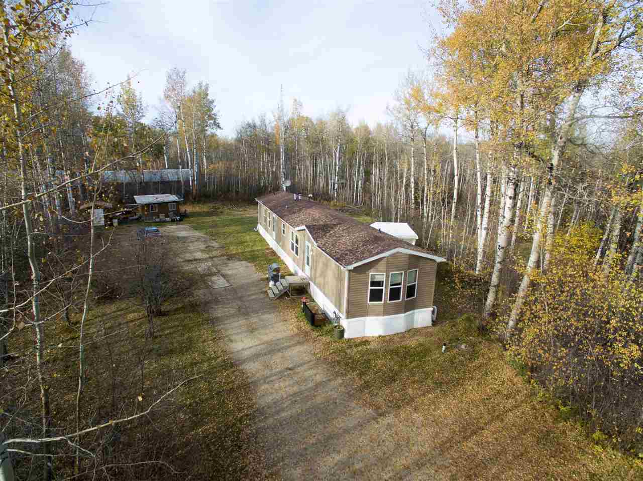 Photo 1: 200 54304 RRG 12: Rural Lac Ste. Anne County Manufactured Home for sale : MLS(r) # E4058523