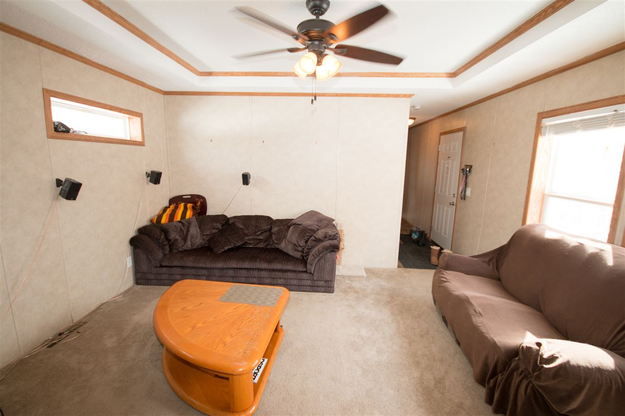 Photo 3: 200 54304 RRG 12: Rural Lac Ste. Anne County Manufactured Home for sale : MLS(r) # E4058523