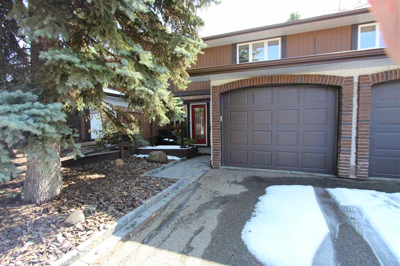 Main Photo: 53 Hearthstone in Edmonton: Zone 14 Townhouse for sale : MLS(r) # E4063912