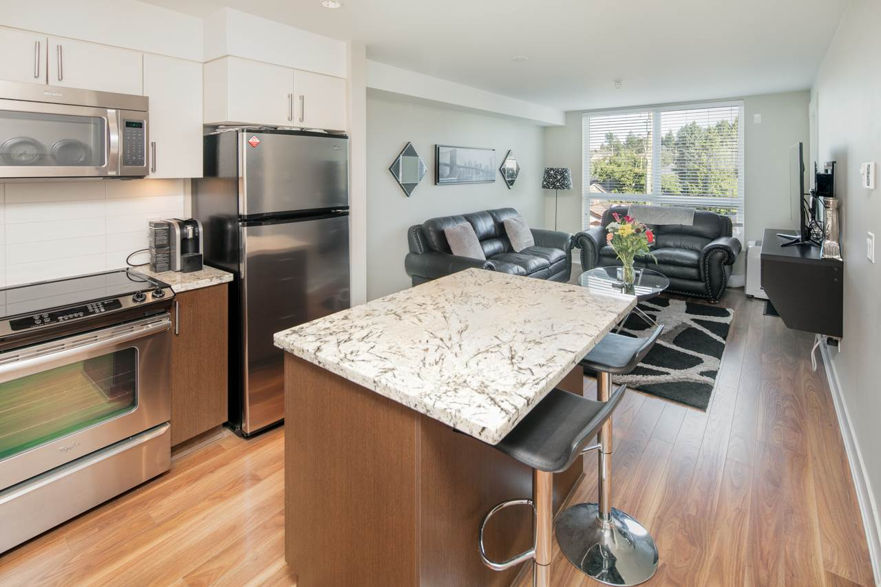 Main Photo: 304 85 EIGHTH Avenue in New Westminster: GlenBrooke North Condo for sale : MLS® # R2206595