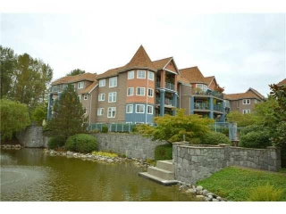 "Main Photo: 409 1200 EASTWOOD Street in Coquitlam: North Coquitlam Condo for sale in ""LAKESIDE TERRACE"" : MLS® # R2207822"