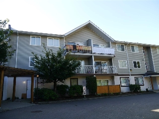 Main Photo: 210 45222 WATSON Road in Sardis: Vedder S Watson-Promontory Condo for sale : MLS® # R2209595