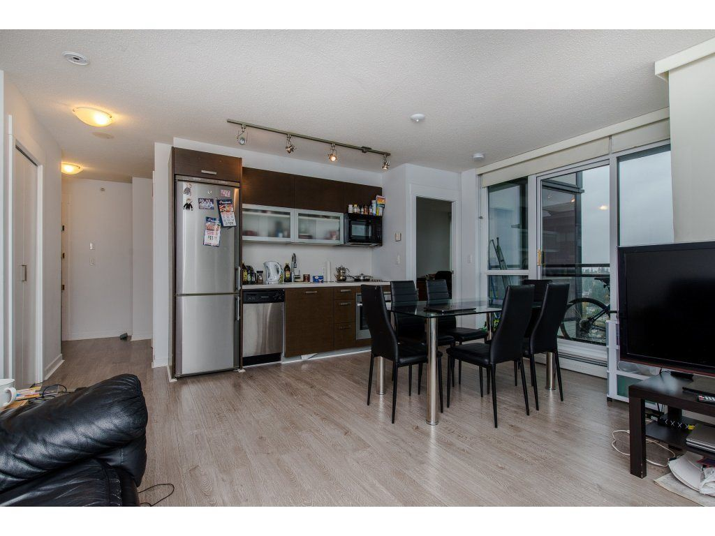 "Photo 6: Photos: 1908 10777 UNIVERSITY Drive in Surrey: Whalley Condo for sale in ""City Point"" (North Surrey)  : MLS® # R2219176"