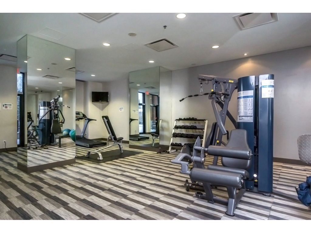 "Photo 18: Photos: 1908 10777 UNIVERSITY Drive in Surrey: Whalley Condo for sale in ""City Point"" (North Surrey)  : MLS® # R2219176"