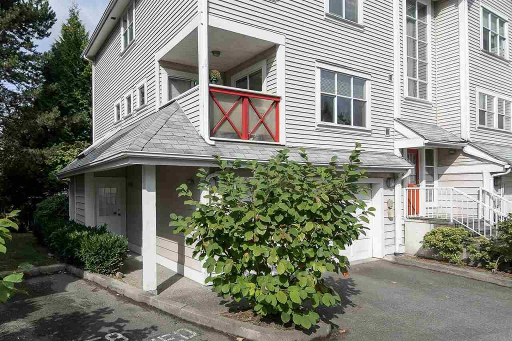 Main Photo: #111 2450 Hawthorne in Port Coquitlam: Condo for sale : MLS®# R2213716