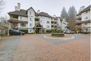 "Main Photo: 114 1242 TOWN CENTRE Boulevard in Coquitlam: Canyon Springs Condo for sale in ""The Kennedy"" : MLS®# R2229687"