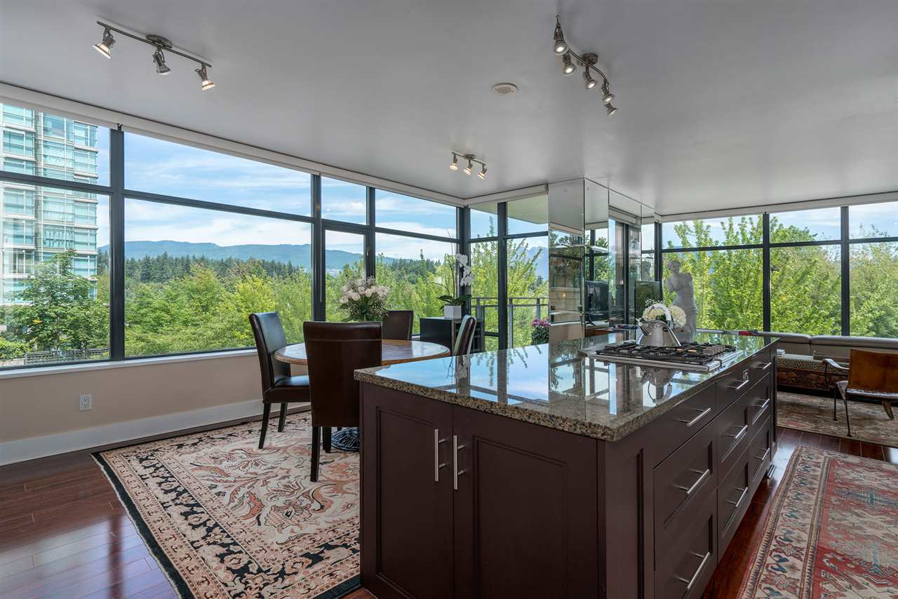 "Main Photo: 300 1863 ALBERNI Street in Vancouver: West End VW Condo for sale in ""Lumiere"" (Vancouver West)  : MLS®# R2288620"