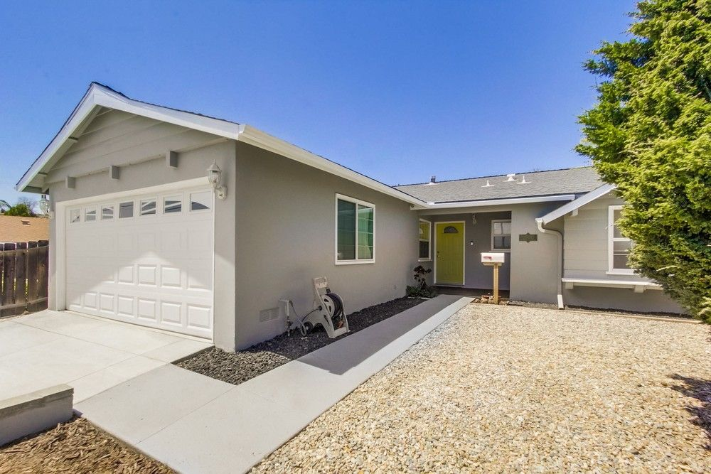 Main Photo: EL CAJON House for sale : 4 bedrooms : 1518 Lily ave