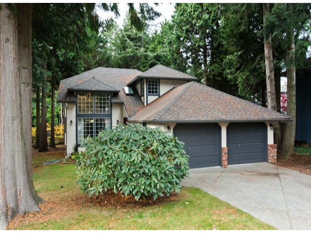 "Main Photo: 5915 BOUNDARY Place in Surrey: Panorama Ridge House for sale in ""BOUNDARY PARK"" : MLS® # F1325134"