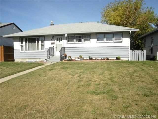 Photo 2: 4114 38 Street in Red Deer: RR Mountview Residential for sale : MLS® # CA0033646
