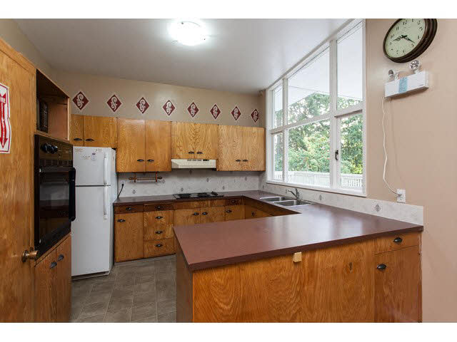 "Photo 4: 13368 COULTHARD Road in Surrey: Panorama Ridge House for sale in ""Panorama Ridge"" : MLS® # F1450526"