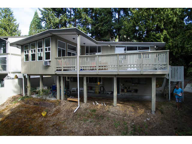 "Photo 2: 13368 COULTHARD Road in Surrey: Panorama Ridge House for sale in ""Panorama Ridge"" : MLS(r) # F1450526"