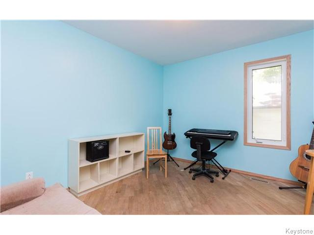 Photo 14: 33 St George Road in Winnipeg: St Vital Residential for sale (South East Winnipeg)  : MLS(r) # 1614307