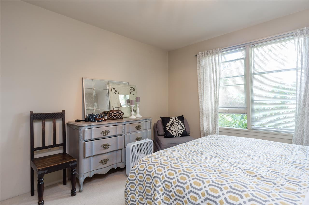 Photo 10: 302 1565 BURNABY Street in Vancouver: West End VW Condo for sale (Vancouver West)  : MLS(r) # R2096963