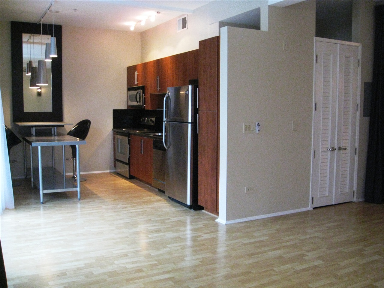 Main Photo: DOWNTOWN Condo for sale : 1 bedrooms : 120 Island Ave #334 in San Diego